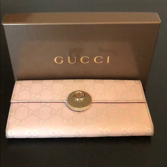 f2c30c3a6065 Gucci Bags | Genuine Pink Wallet With Original Box | Poshmark